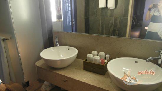 晶泉丰旅浴室