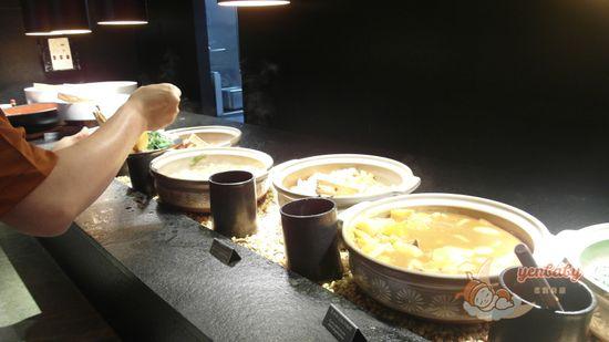 晶泉丰旅熟食區